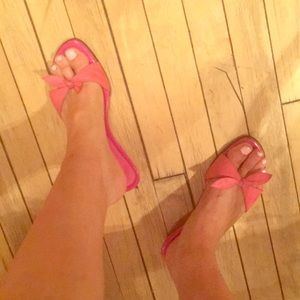 Aldo pink leather kitten heel